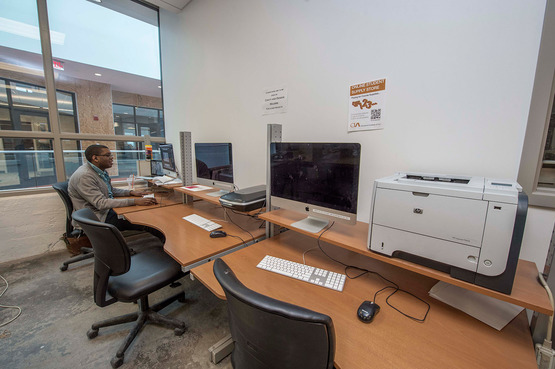 Students have access to workstations directly in the department for 2D and 3D computer-aided design, including Rhinoceros 3D modeling.