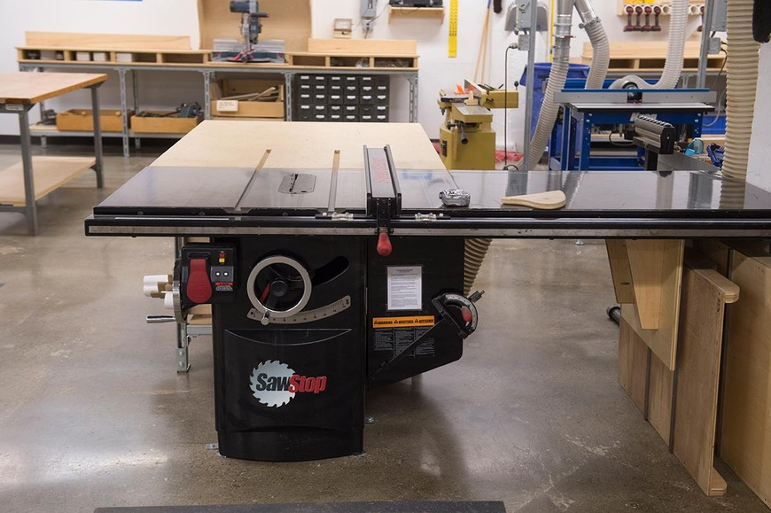 There are two SawStop table saws available to those working in the  fabrication studios.