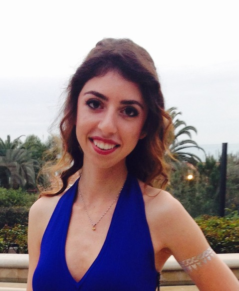 Rona Ahdout, Senior<br />University High School; Hometown: Irvine, CA
